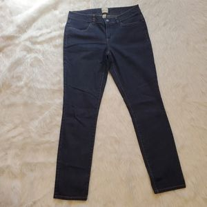 G.H. Bass & Co woman's jeans size 6